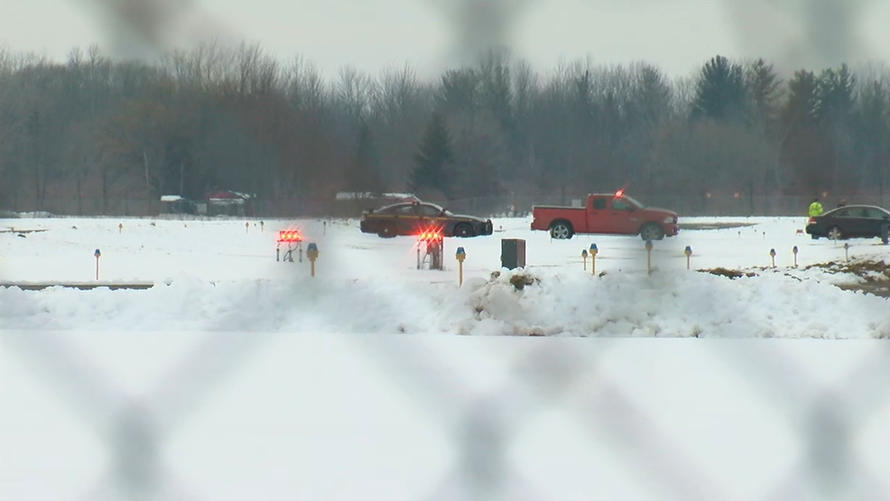 First responders called to reported plane crash in Wayne County