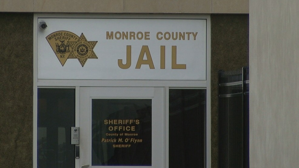 Deputies credited with saving inmate's life at Monroe County